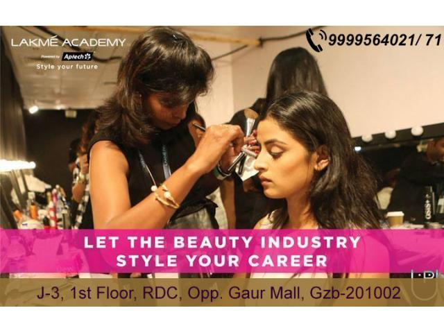 Top 10 Beauty Artist Academy in India | Lakme Academy Ghaziabad